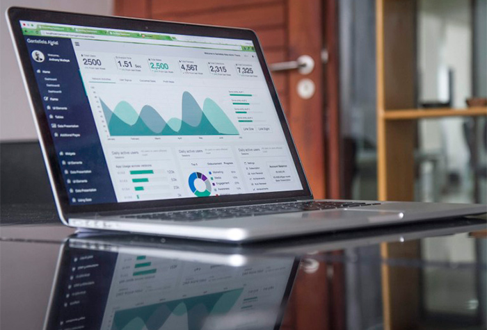 A Successful Website: Tracking Key Metrics For Your Website